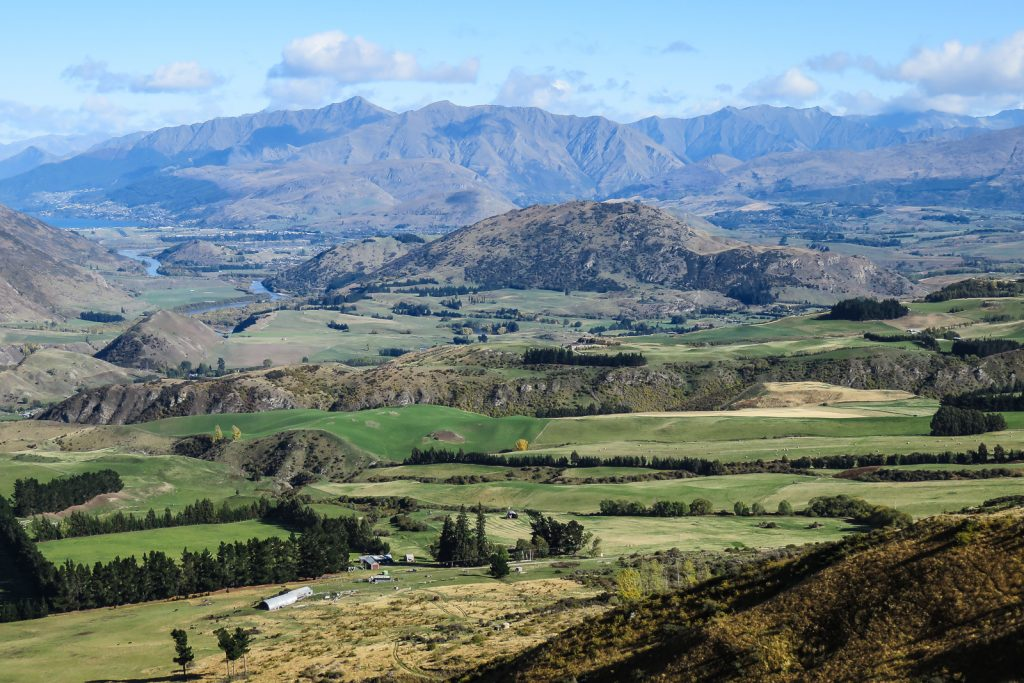 View from the Crown Range Road, South Island itinerary road trip from Wanaka to Queenstown