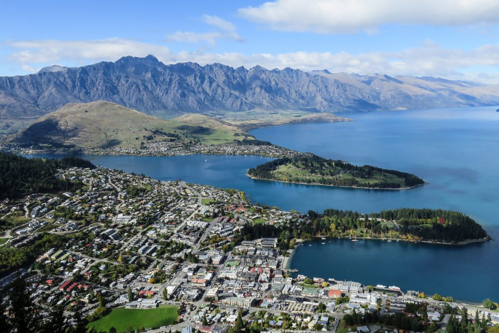 Queenstown Skyline Gondola viewpoint. new zealand south island road trip