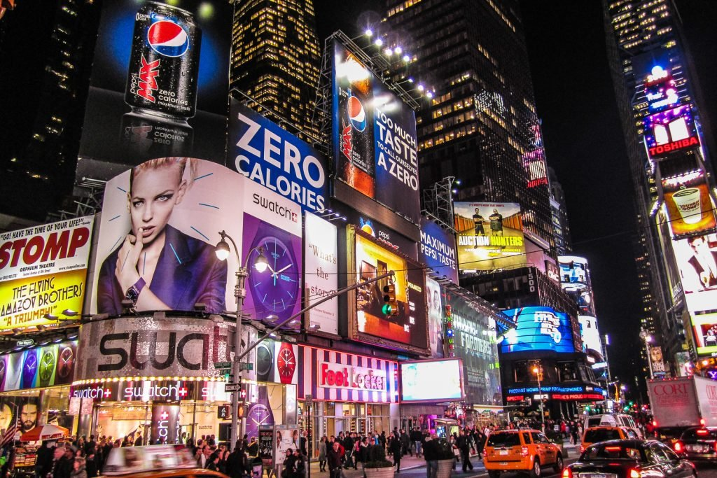 Top 15 unmissable things to do in nyc new york city for Best places to go in nyc at night