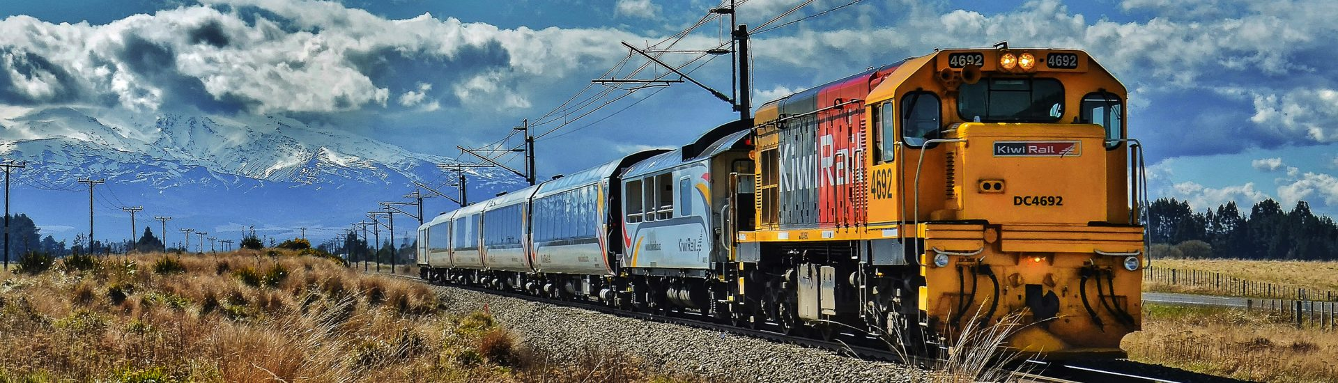 Northern Explorer Auckland to Wellington train, tranzalpine, wellingto to auckland kiwi rail.