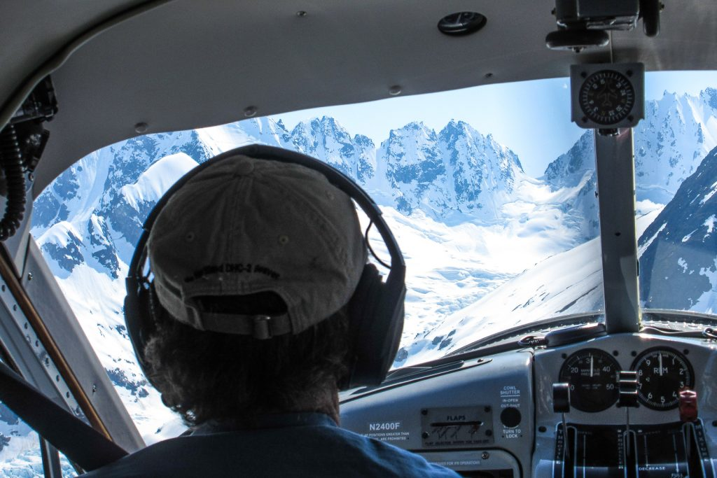 Haines mountain flying service glacier bay alaska flight tour dehavilland skiplane alaska cruise