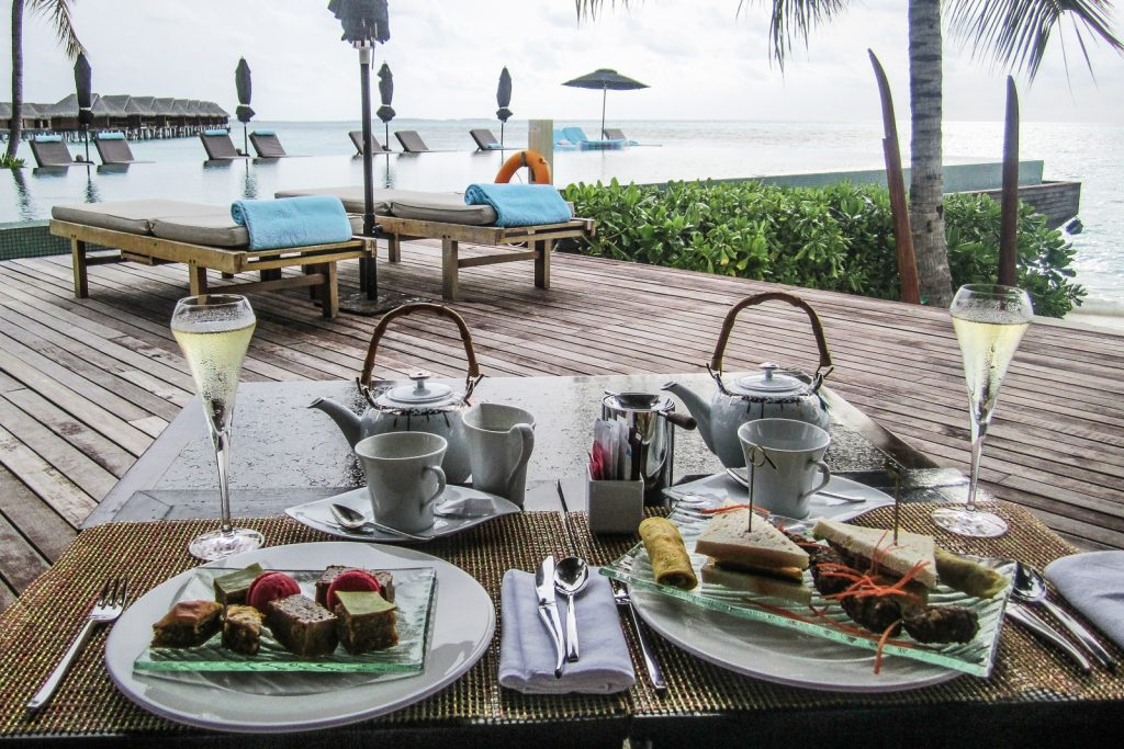 Maldives resorts all inclusive tea