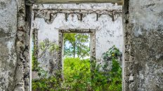 The Andrew Deveaux Great House plantation on Cat Island Bahamas, is one of the op things to do in the Bahamas on a Bahamas Vacation, island hopping the out islands.