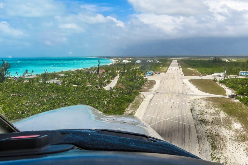 Cat Island Hawks Nest resort private Airstrip on a flying island hopping tour of the Bahamas with flyingandtravel and pilotsparadise