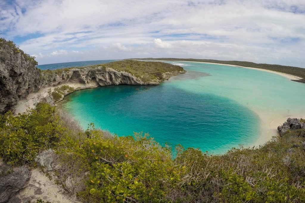 Dean's Blue Hole, Long Island Bahama. The deepest Blue Hole in the World.