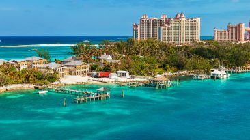 Things to do in Nassau Bahamas, Long stretch of Paradise Island, located in Nassau, Bahamas
