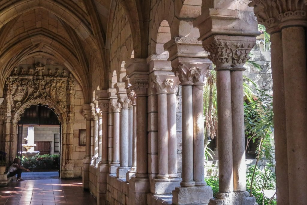 Things to do in Miami, visit the Ancient Spanish Monastery and museum. The ancient Spanish monastery Miami is located in north Miami, south of For Lauderdale.