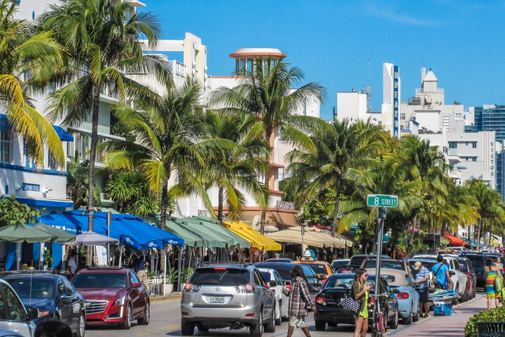Things to do in Miami Beach, a south beach tour of the south beach art deco district which runs along Ocean Drive in South Beach.