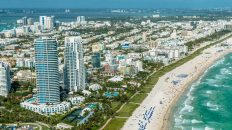 Things to do in Miami Florida. Visit South Beach Miami and our list of things to do in Miami Beach. Hire bikes and ride the South Beach Art Deco Trail or go on airboat rides on an everglades tours and everglades air boat tours. Other things to do in Miami include; Wynwood arts district, ancient Spanish monastery. Jungle Island Miami. Coral Gables and the Biltmore Hotel.