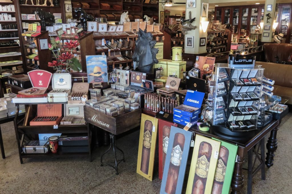 Little Havana Miami, visit the small slice of Cuba in Little Havana. Things to do in Miami. Cuban cigar shops