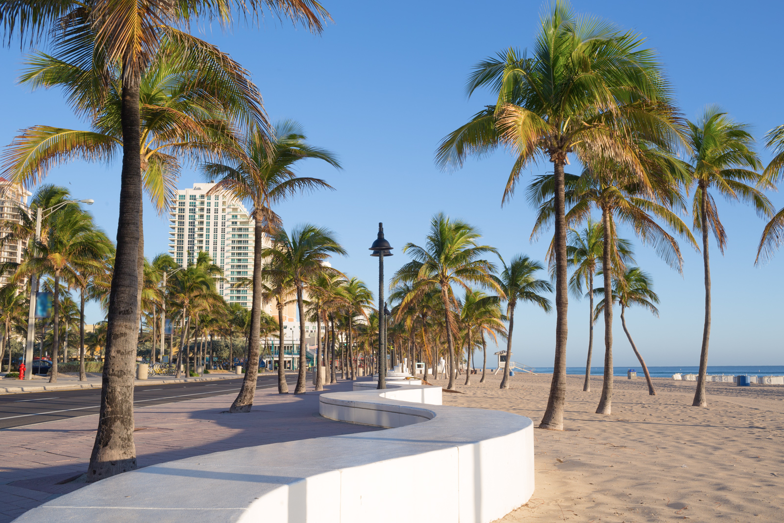 Fort Lauderdale beach, things to do in Fort Lauderdale Florida. Fly from Fort Lauderdale to Bahamas for the best beaches, with Bahamas Air Tours