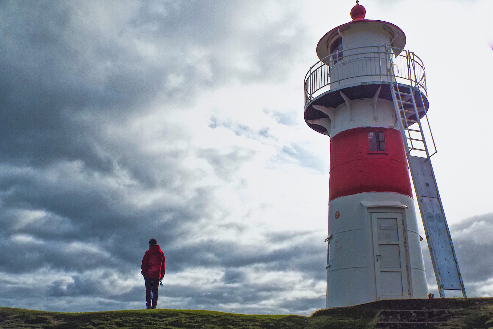 things to do in denmark how to get to faroe islands and the faroe islands lighthouse