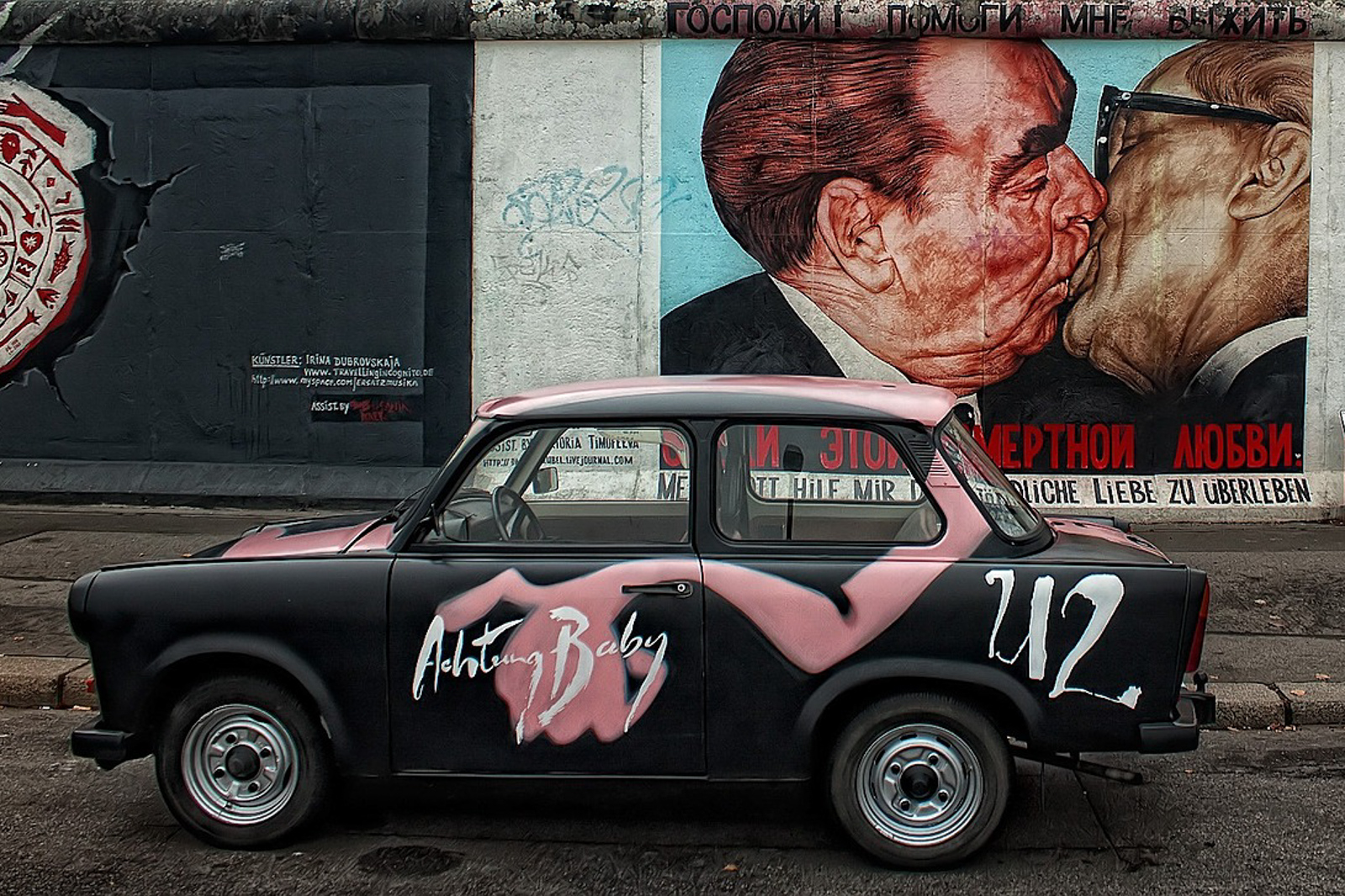 Top ten things to do in Berlin to see the Berlin Germany attractions the berlin wall is one of the top 10 berlin attractions