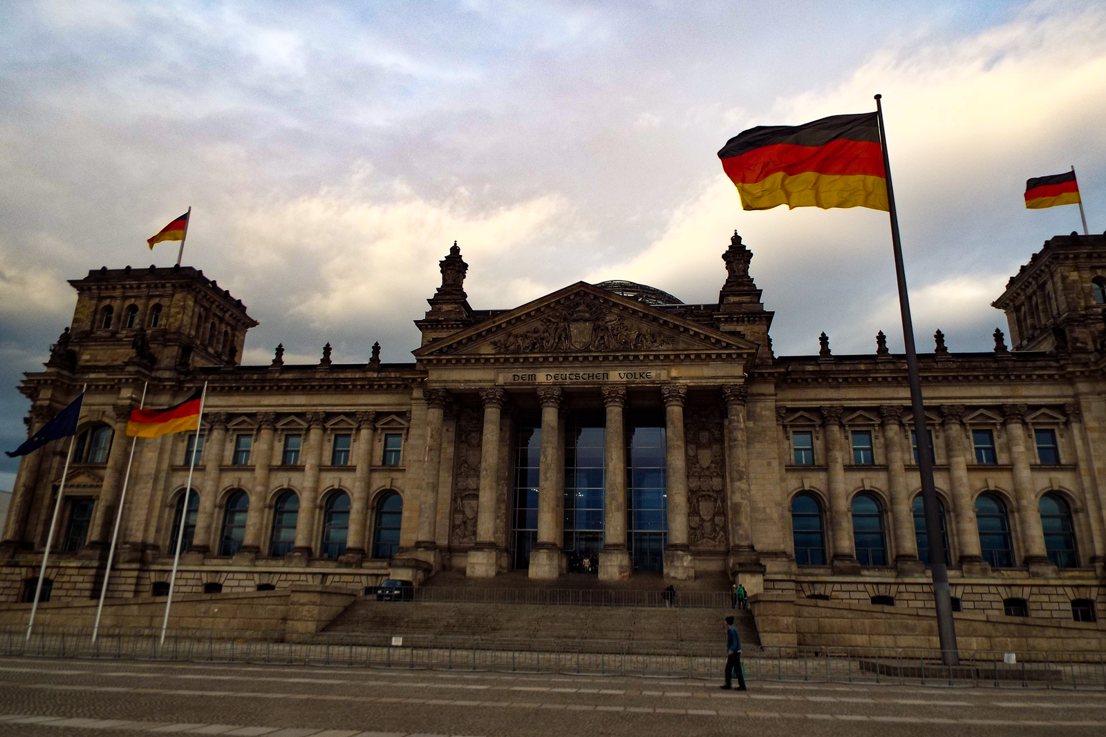 Top ten things to do in Berlin Reichstag Building to see the Berlin Germany attractions when backpacking Berlin