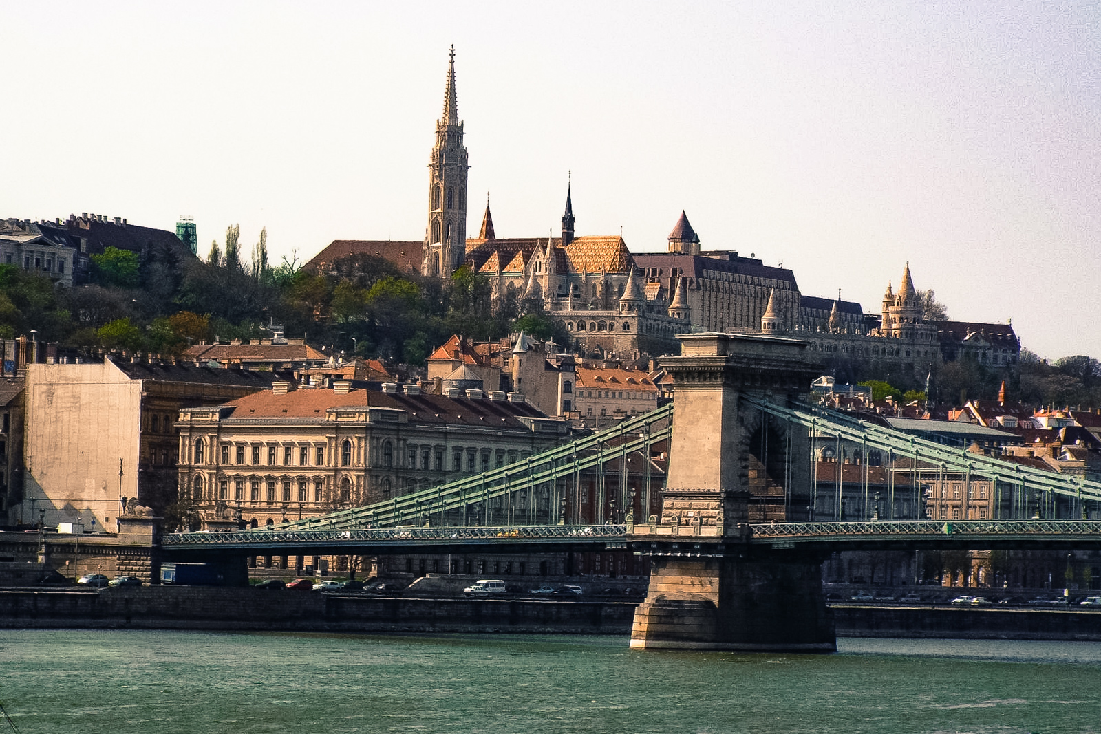 What to do in budapest in the city of hungary budapest to see the budapest chain bridge