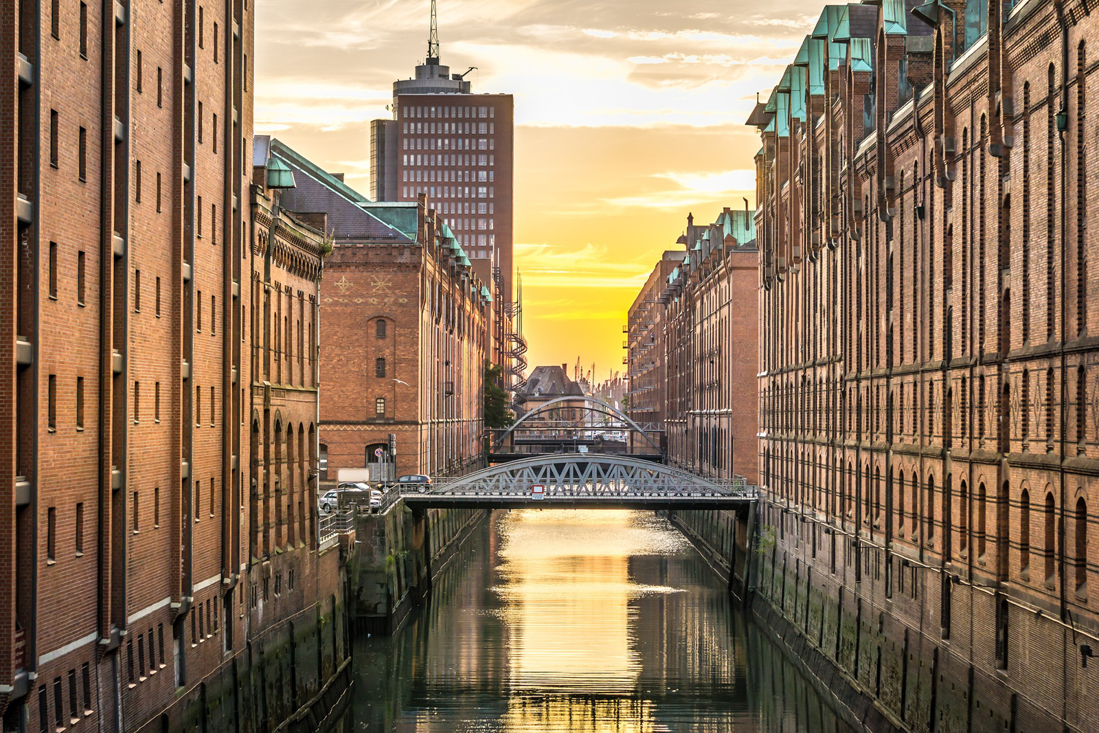 Places in Hamburg attractions and a great Hamburg christmas market near the best hotel in hamburg