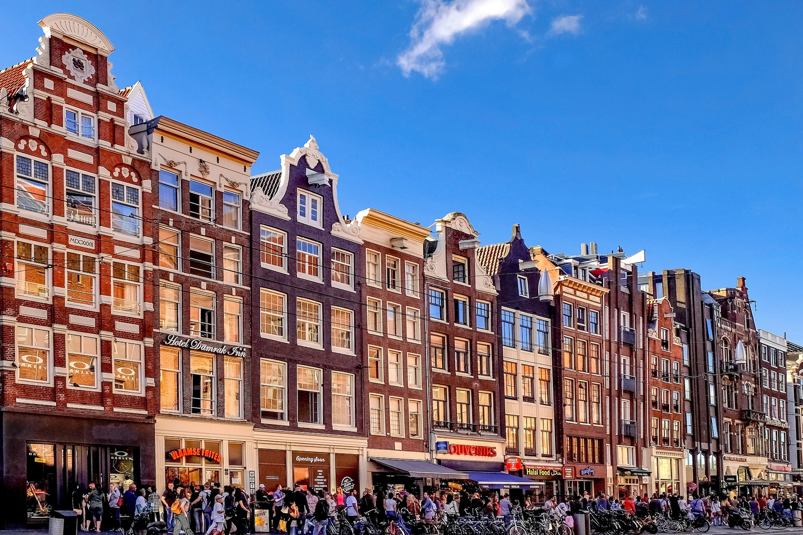 There are so many underrated places to visit in Amsterdam Old Town.