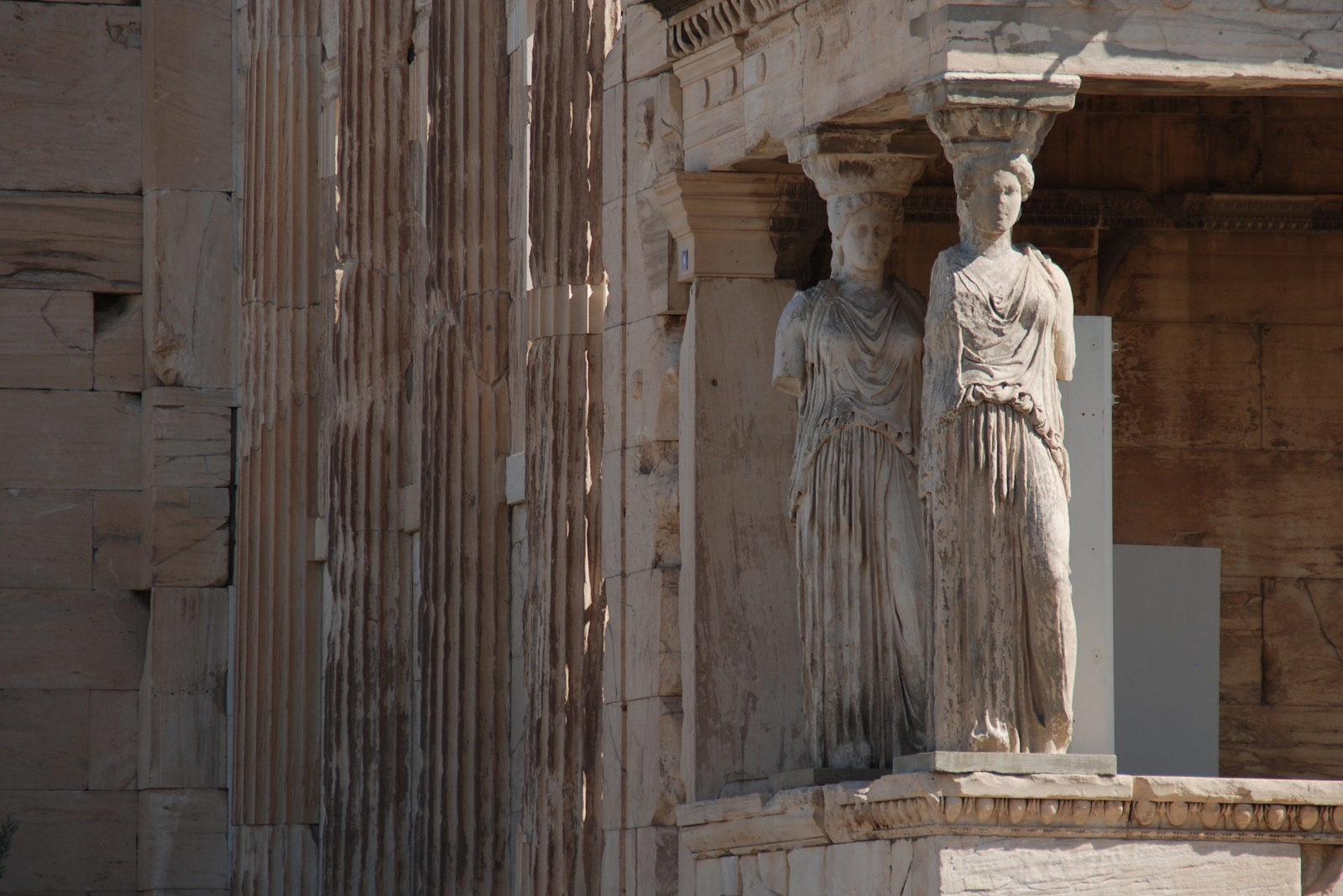 Things to do in Athens ancient architecture and the complete walking tour athens landmarks.