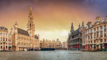 Things to do in Brussels. panorama of Grand place at sunrise, Belgium. Discover what to do in Brussels with our Travel Guide.