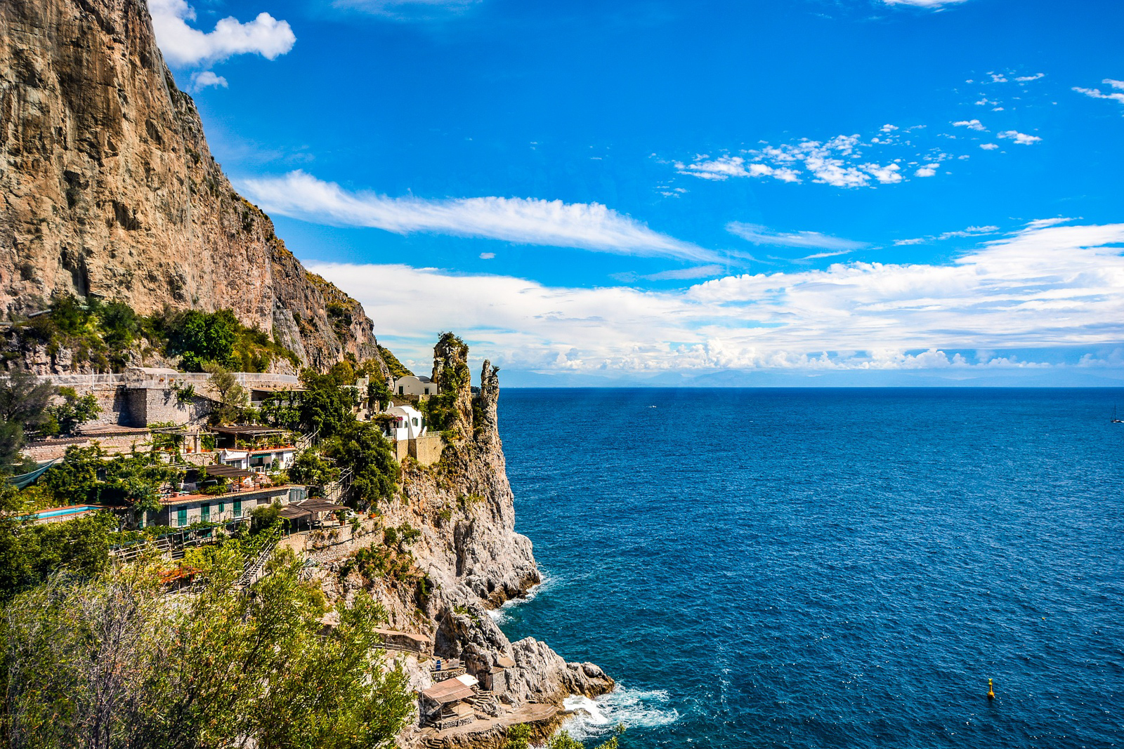 What to do in Amalfi Coast Cruise and the best towns to stay in Amalfi Coast