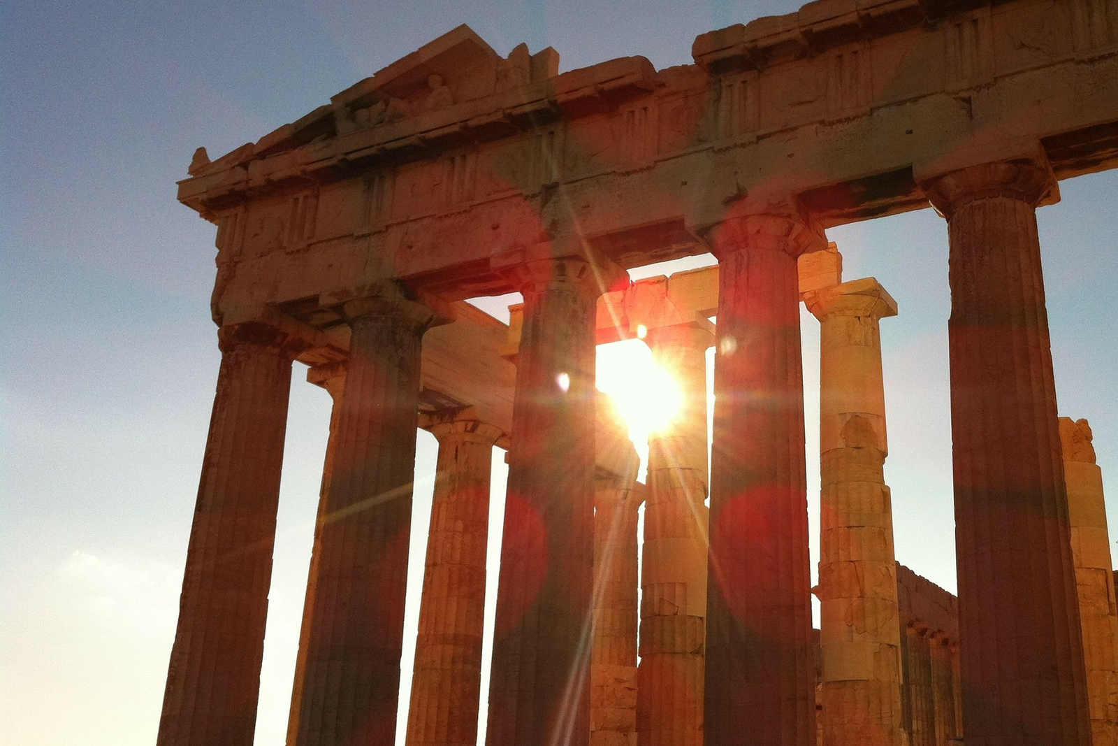 What to do in Athens Greece ancient architecture and all the top things to see in athens greece.