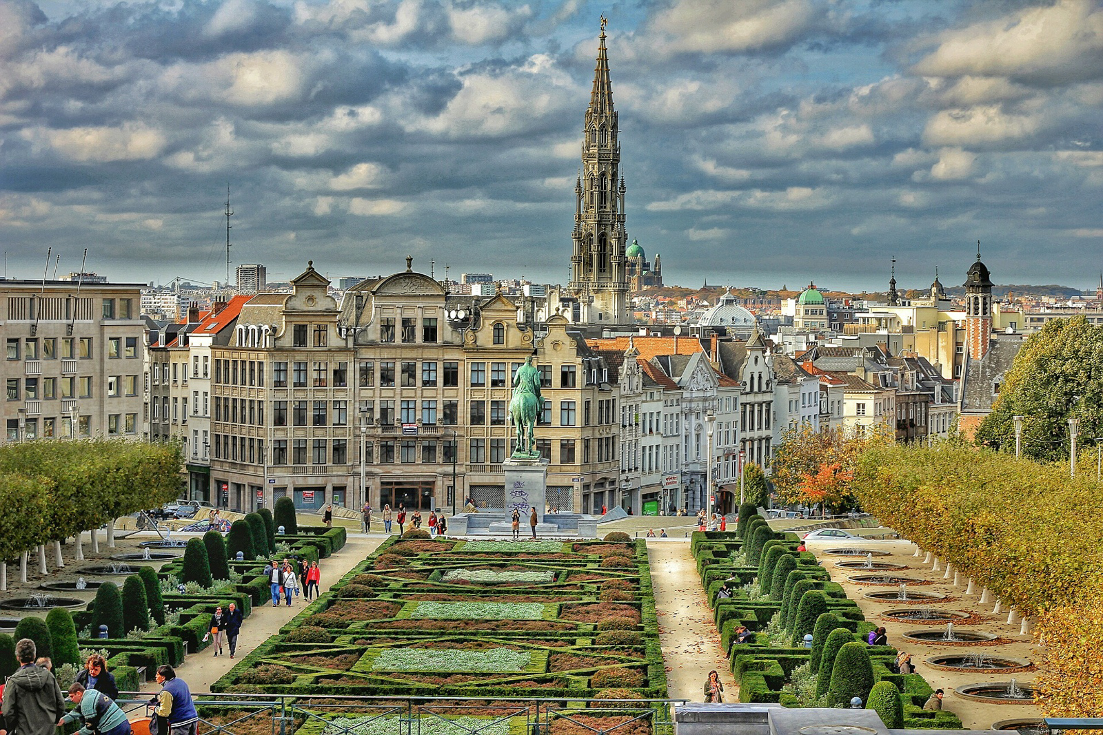 What to do in Brussels landmarks and top things to do in brussels beer tour