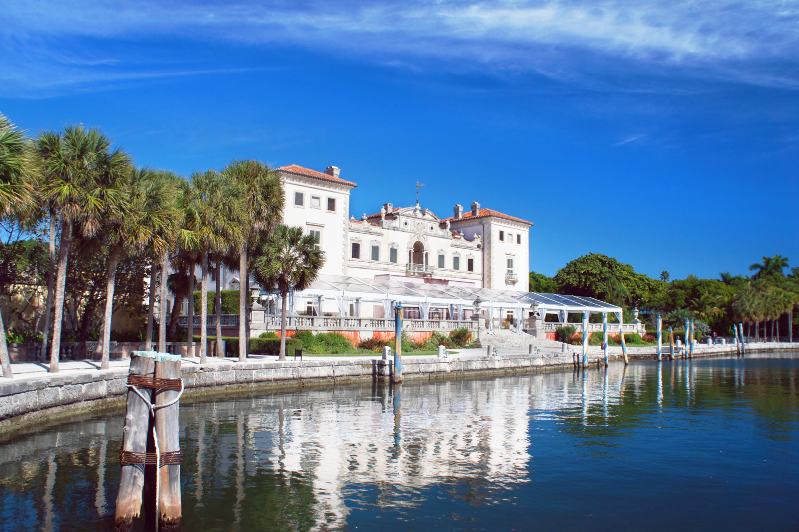 The Villa Vizcaya -- a top tourist attractions in Miami Florida. Museum and Gardens at Biscayne Bay in the Miami. Your guide for all the top Miami attractions and best things to do in Miami. There are Plenty of tourist attractions in Miami Florida. This Guide presented by Flying and Travel.
