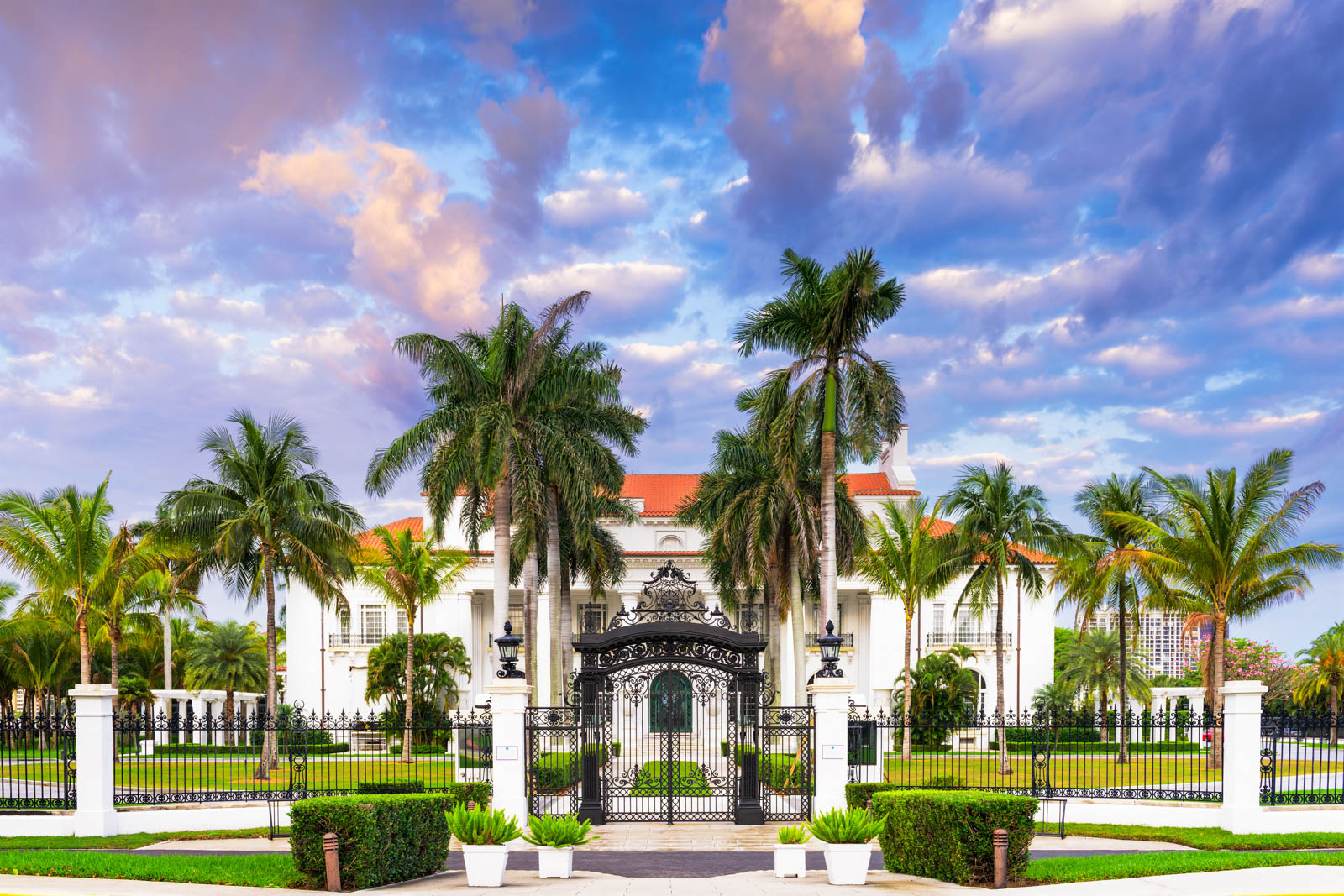 The Henry Flagler Museum in West Palm Beach is of the truly fun things to do in Florida. Know where to go in Florida on your vacation so you know the best places to visit in Florida before you go.