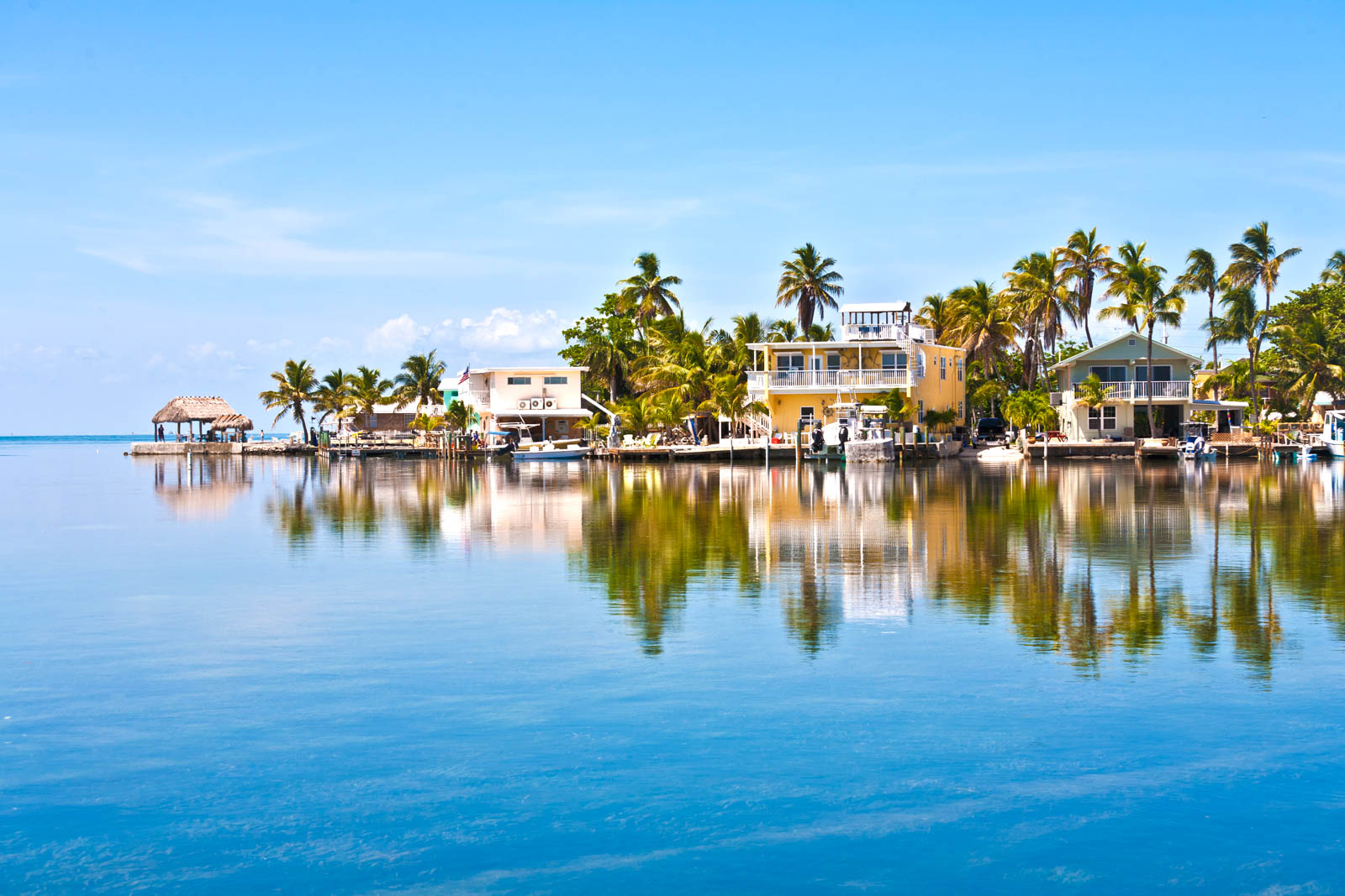 Of all the places to visit in Florida, Key Largo is among the best. Check out all the best things to do in South Florida Keys.