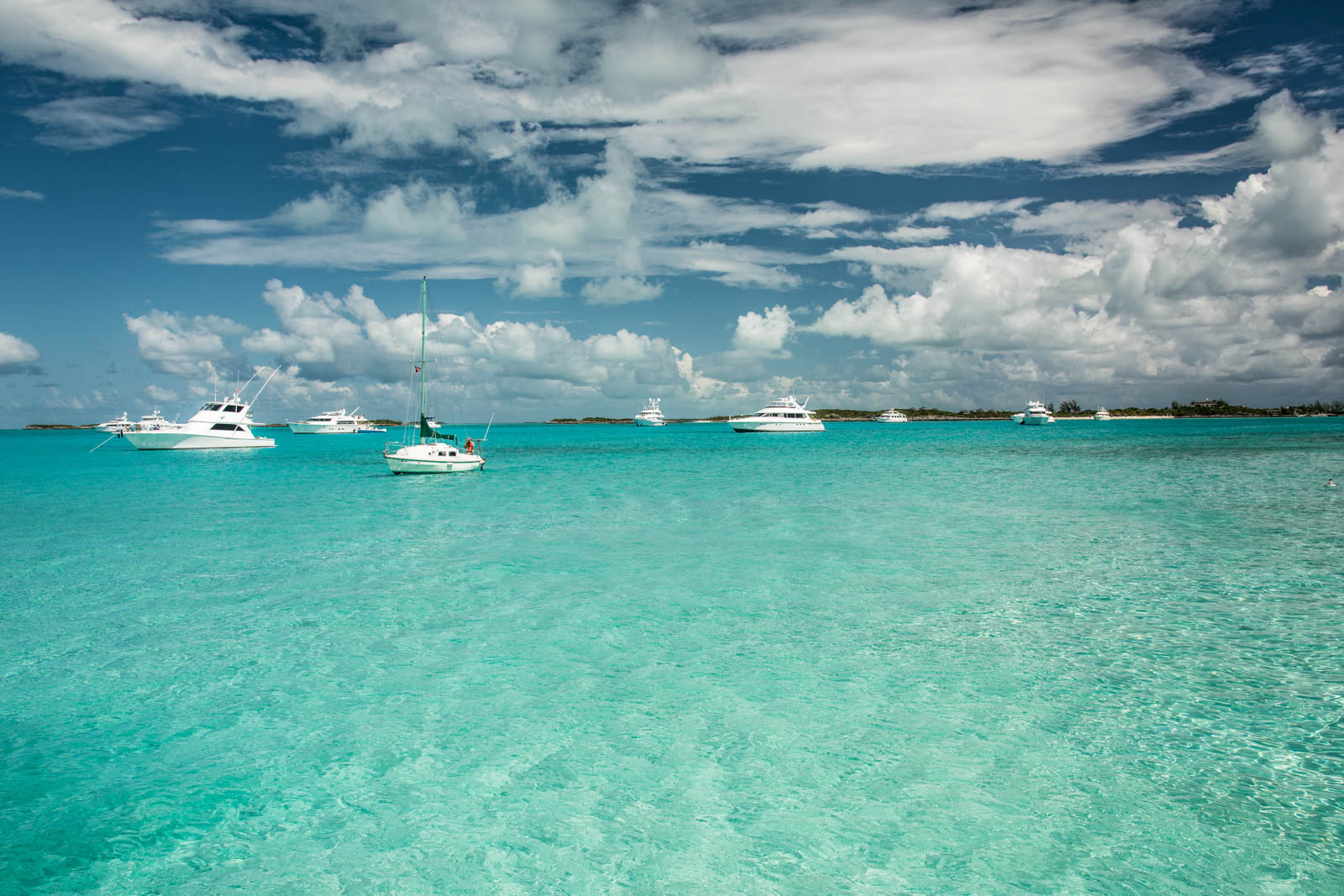 The views are incredible in the Exuma Cays. The Swimming Pigs Exuma attraction is not the only thing to experience in this Bahamas day trip fairytale.