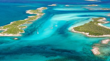 The Exumas are one of the most beautiful places to visit in Bahamas. Some of the best things to do in Bahamas such as Pig Island Bahamas exist here.