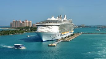 There are plenty of things to do in Nassau Bahamas cruise port including some of the best beaches in Nassau for cruisers.